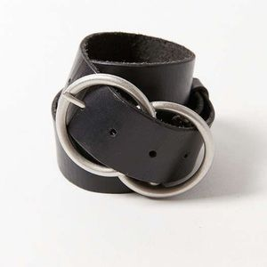 Double-o silver buckle ring belt